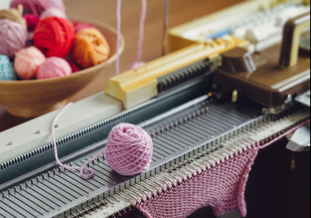 Mend Household Appliances, Knitting Machines